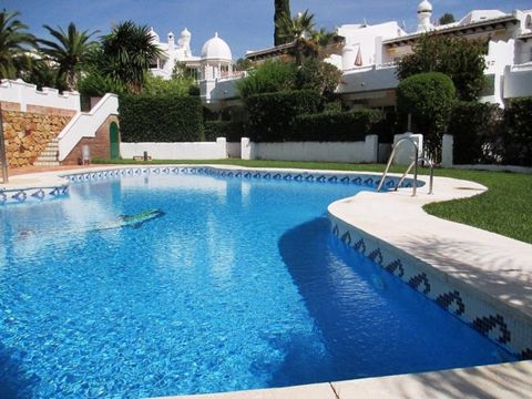 Located in Marbella. Features 4 beds. 3 baths Luxury Full equipped kitchen Partly furnished A/C Private parking Marble floors Private garden Double glazing Communal garden & swimming-pool Easy access from A-7 Close to the beach Security