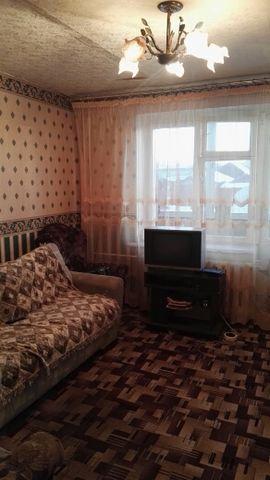 Продаю 2-х комнатную квартиру в д.Новое Орехово-Зуевский район, ул.Кооперативная, д.8, 1/2К, 51,7/29,5/9, г/х вода, с/у разд, лоджия, пластиковые окна, комнаты изолированные, не угловая, есть подвал, свободная продажа, более 3-х лет.