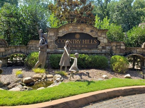 Located in Atlanta. This community is a HIDDEN GEM in Sandy Springs inside 285, near Northside Hospital! Build the home of your dreams! Beautiful, community with cobblestone streets, gas lantern street lights, and gorgeous fountains throughout the co...