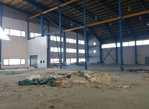 Industrial Warehouse for sale in Almonacid De Zorita, with 83,722 ft2 and 1 Washroom.
