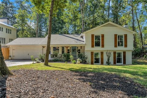 Located in Alpharetta. Perfect large level basement lot in desirable Stone Gate. Street is turning over with new builds and remodels/additions. Great close proximity (less than a mile) to Awesome Downtown Alpharetta and all it has to offer with shops...
