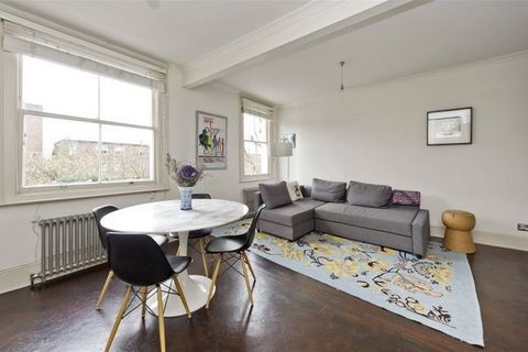 A smart stylishly designed apartment on the second floor of a superbly located period building. The southeast-facing living room offers great entertaining space. Open plan well-equipped kitchen. The bedroom is at the rear and has views over neighbori...