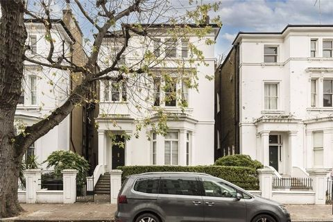 A two-bedroom, two-bathroom apartment occupying the entire first floor of a detached Victorian Villa on Elgin Crescent, W11. The property is located on the first floor of this Victorian conversion with two double bedrooms and two bathrooms, it would ...