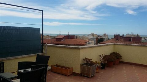 Superb 3 Bedroom Flat in Tarragona Spain Euroresales Property ID – 9825041 Property information: This property is an excellent 3-bedroom apartment located in Segur de Calafell, Tarragona, Spain. The property is a totally reformed attic apartment whic...