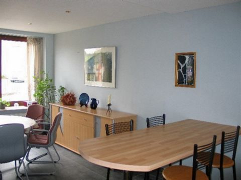 This apartment is suitable for 6 persons. It was built in the typical style of the Ardennes and is located in Fays-Les-Veneurs (community Paliseul / Province Luxembourg). This is a picturesque village between the Lesse and Semois rivers. The apartmen...