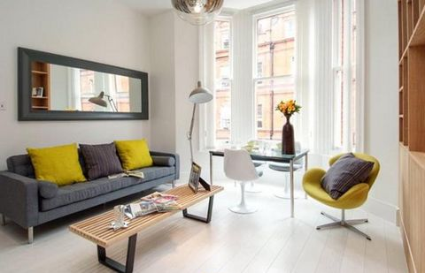 Located on one of the main addresses in Knightsbridge, consisting of an elegant entrance, with high ceilings, modern open-plan kitchen, plenty of natural light, wooden floors and a bathroom with shower. Egerton Gardens just minutes from Brompton Cros...