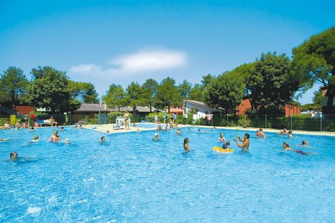 Holiday complex, situated in a green area, behind beautiful pinewoods, 500 m from the beach. It is built of villas of one or two floors, composed from one to twelve apartments. For the clients, two large areas, each with two swimming-pools for a tota...