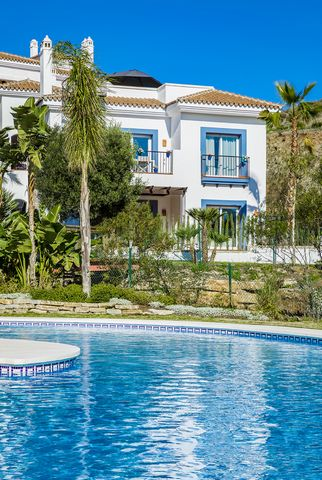 Newly built apartment in the Paraíso Pueblo complex, resort type, with a multitude of leisure and service facilities, in a highly sought-after area, surrounded by nature, golf courses, services and other high standard developments. Built with high st...