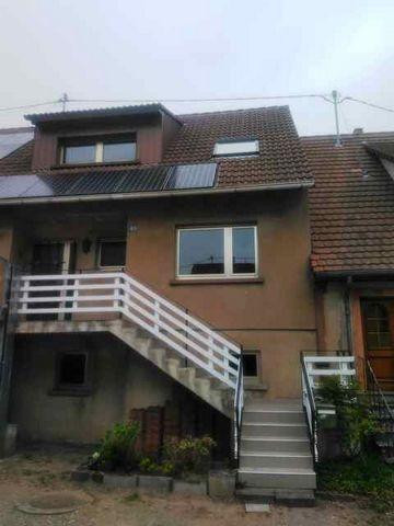 Sous compromis : Maison reconstruite en 1980 d'env