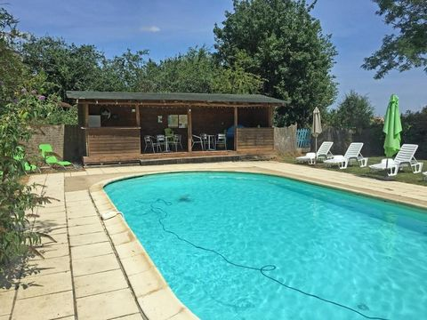 Our ref- AI4620 This well-presented and established gîte complex composes a main house with 3 bedrooms plus three gîtes each with 2 bedrooms. Nestled in a peaceful hamlet between Sauzé-Vaussais (9km) and Lezay (13km) the property has an extremely pri...