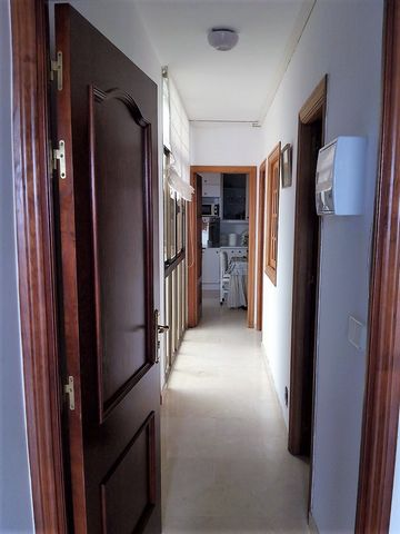 A very well located nice and spacious apartment with one master bedroom with big wardrobe, 1 big full bathroom, big kitchen, living room and communal terrace. Recently refurnished. Portable aircon unit. No pets