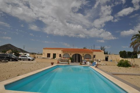 This is a lovely villa which offers 3 bedrooms, 2 bathrooms, large covered porch, large lounge with dedicated dining area and a separate kitchen. Attached to it is an annex which has 2 bedrooms, a bathroom, lounge and kitchen diner - ideal for guests...