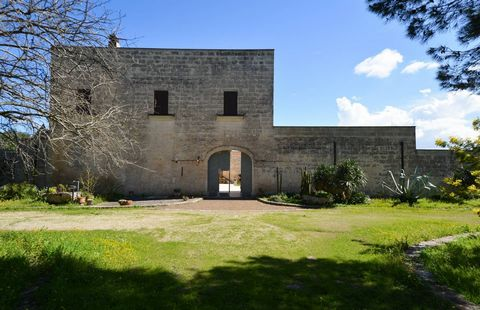 Coldwell Banker Ostuni offers on exclusive sale Masseria Mogaveri, a wonderful historic building restored carefully keeping the historic charm and architectural characteristic of the area. The design of buildings, executed around 1550, can be used as...