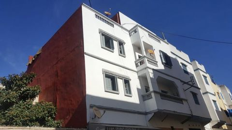 Various opportunities to the purchaser of this superb building to receive substantial income generated from the full occupancy of this building (4 apartments plus 2 businesses on ground floor_ situated in the town Centre of Larache Morocco. Maybe reb...