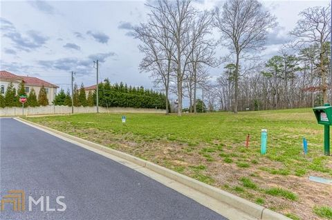 Located in Marietta. Great opportunity to build in Walton HS district! 10 home community of custom built homes. Large level lots in a quiet cul de sac with excellent access to I75 and Cobb Galleria. Only 6 out of 10 lots still available! High quality...