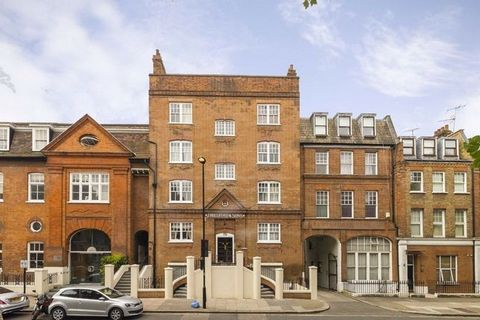 A recently refurbished, one-bedroom, second floor flat in a period conversion building finished to a good standard throughout. With a spacious lounge, double bedroom, modern kitchen, and bathroom. Shirland Road provides great transport links to Centr...
