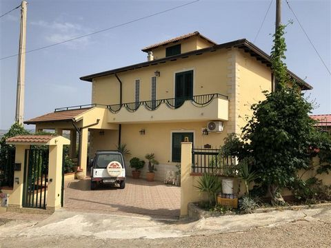 Superb 6 Bedroom Villa in Sicily Italy Euroresales Property ID – 9825035 Property information: This is a superb 6-bedroom villa located in Sicily, Italy. The property consists of 6 bedrooms, 4 bathrooms, lounge and kitchen. The property has an overal...