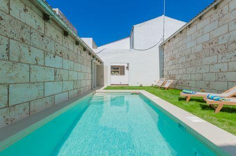 Bienvenidos a esta fantástica casa de pueblo en Sa Pobla, con piscina privada y espacio para 6 personas. En el patio de esta estupenda casa de pueblo podrán pasar agradables momentos gracias a una estupenda piscina privada de cloro, con 6.3 m x 2.7 m...