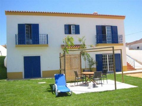 Zoover Award Winner 2010! This villa has a beautiful, sunny location on a small hill and is fully equipped. Everything has been thought of. So you have WIFI in the whole house and part of the garden. There are several terraces (also covered), one wit...