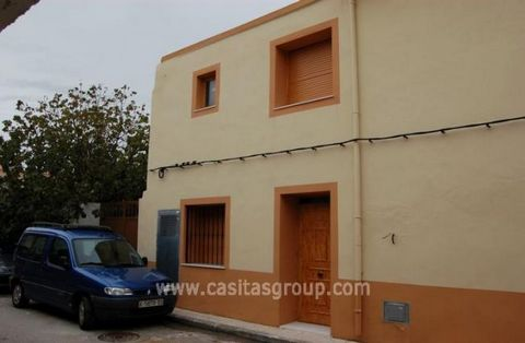 A newly reformed Apartment in the Jalon Valley, situated in a quiet street and entered through a small hallway with a Bedroom off, presently used as a home office, the room has some lovely exposed stonewalls, a Marble Staircase leads to an open plan ...