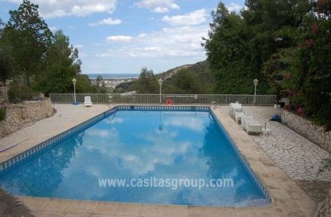 A Hotel set on a 3,000m2 Plot near to Gandia, Comprising Two main buildings housing 9 Ensuite Guest Rooms, some with Kitchen facilities, a large Ensuite for the Manager plus Staff quarters. With Dining Room, Lounge, Kitchen and Outside Bar. Staff Qua...