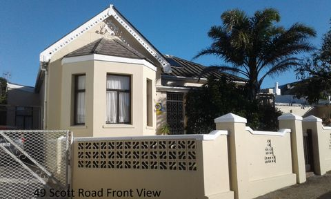 Superb 6 Bedroom House For Sale in Cape Town Euroresales Property ID- 9825449 Property Information: This superb property is situated in the stunning city of Cape Town in South Africa. The house has 6 bedrooms and three bathrooms two of which are en-s...