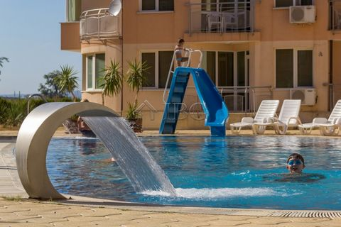 Burgas. For sale is a working 3* HOTEL in Sunny Beach, 450 m to the beach IBG Real Estates is pleased to offer this fully operational hotel for sale in the northern part of Sunny Beach and only 450 meters from the beautiful sandy beaches near Majesti...